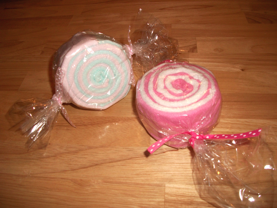 "Washcloth ""Candy"" Rolls Tutorial"