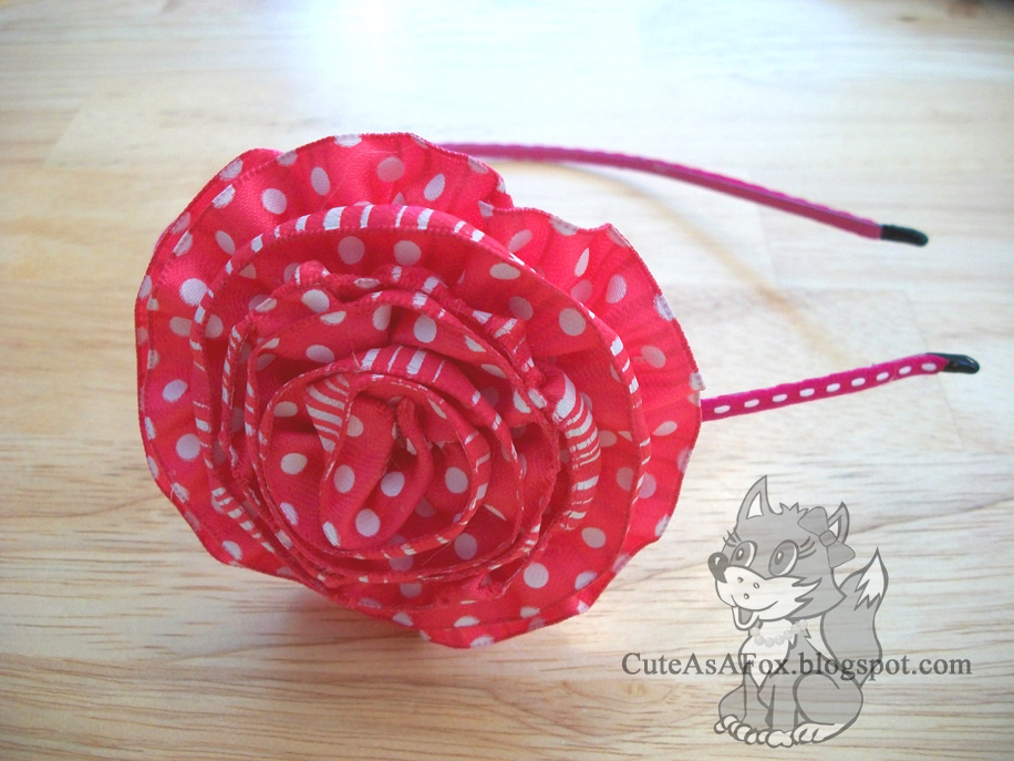 No-Sew Ribbon Rosette Tutorial